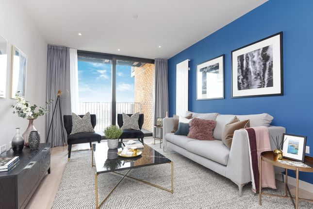Thumbnail Flat to rent in Royal Wharf, Rope Terrace, London