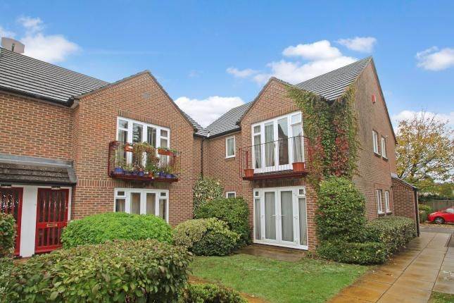 Thumbnail Flat to rent in Sunderland Avenue, Oxford, Oxon