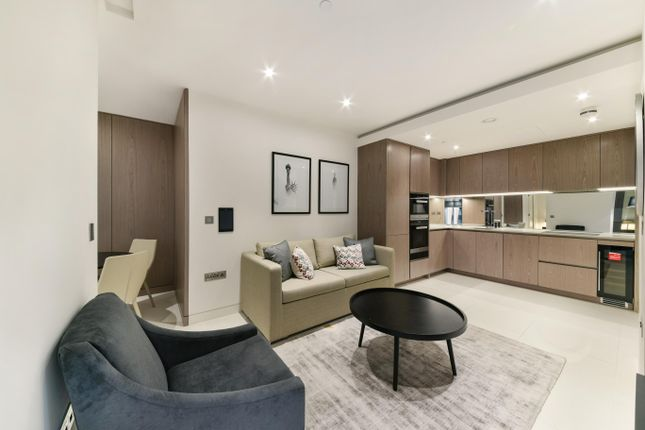 Thumbnail Flat to rent in Landmark Place, Sugar Quay, Tower Hill