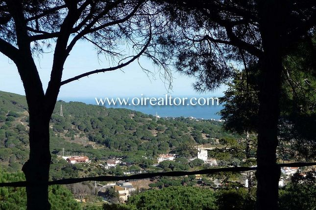 Thumbnail Land for sale in Las Sureras, Mataró, Spain