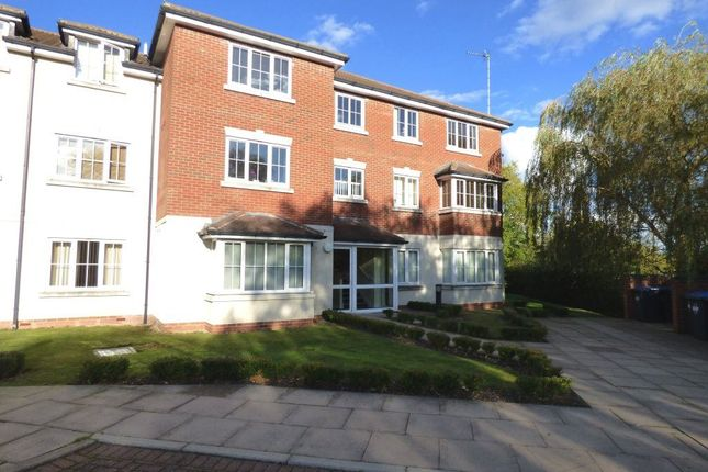 Thumbnail Flat to rent in Lower Street, Hillmorton, Rugby