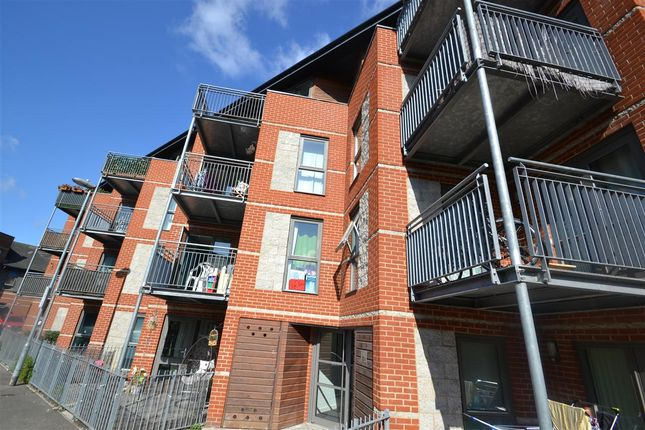 Thumbnail Flat for sale in Lewin Terrace, Bedfont, Feltham