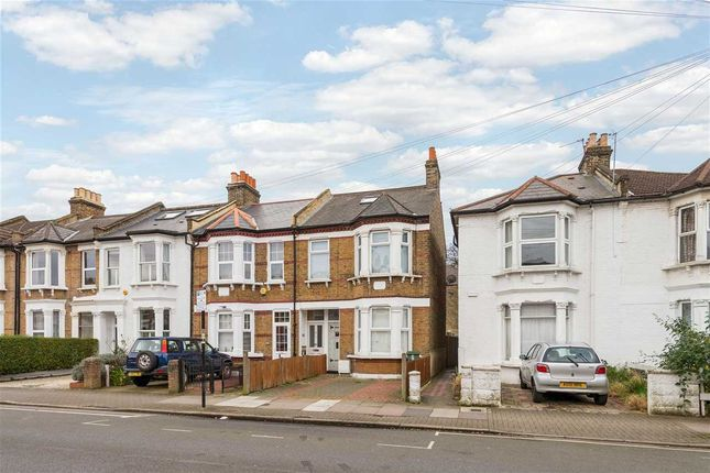 Thumbnail Flat to rent in Vant Road, Tooting, London
