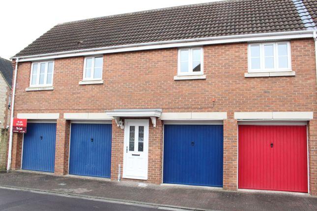 Thumbnail Flat to rent in Minnow Close, Swindon