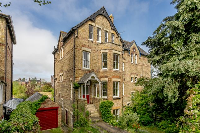 Thumbnail Semi-detached house for sale in Warnborough Road, Oxford