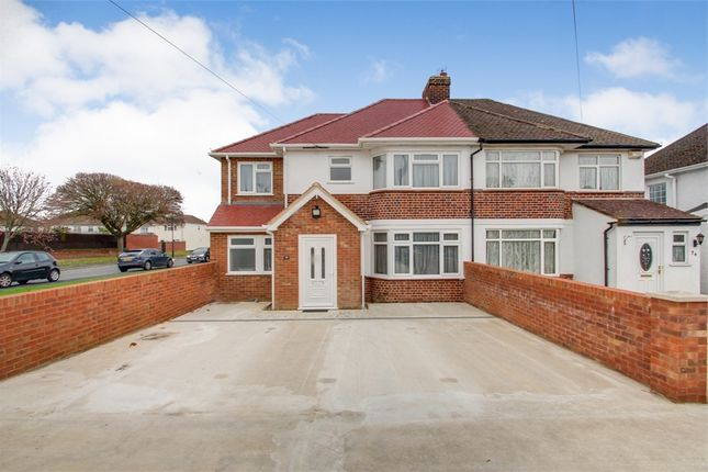6 bed detached house to rent in Haymill Road, Slough, Berkshire SL1