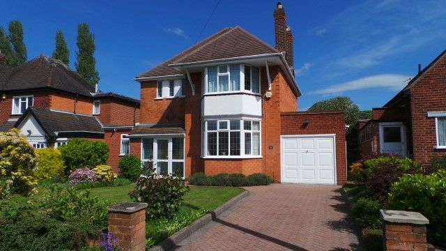 Thumbnail Detached house for sale in Barnard Road, Sutton Coldfield, West Midlands