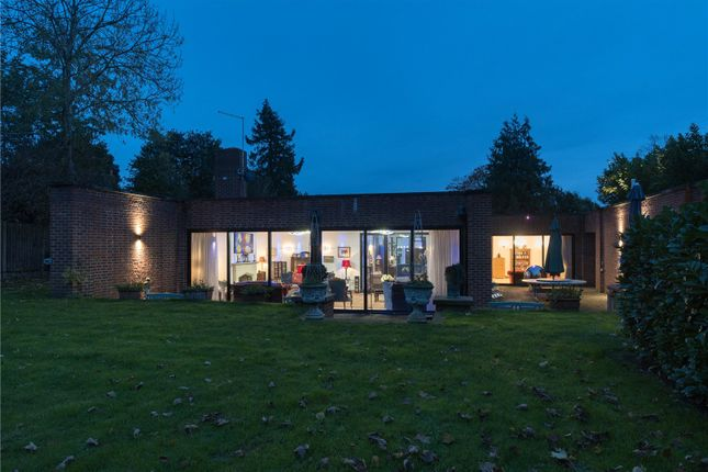 Thumbnail Bungalow for sale in Eyhorne Street, Hollingbourne, Maidstone, Kent