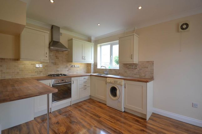 Thumbnail Property to rent in Evenlode Drive, Didcot, Oxfordshire