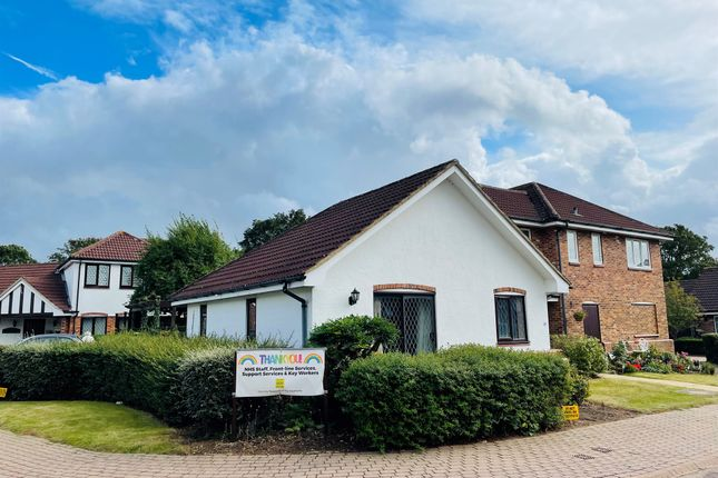 2 bed semi-detached bungalow for sale in The Hawthorns, Lutterworth LE17