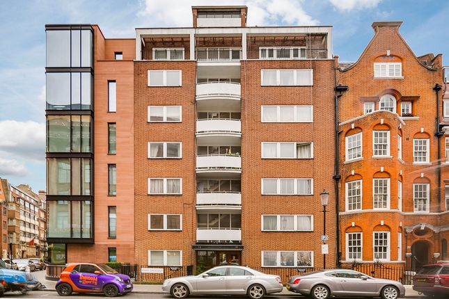 1 bed flat for sale in Hans Crescent, London
