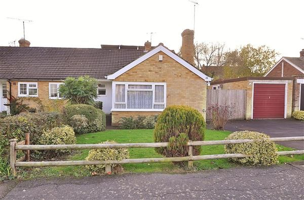 Thumbnail Bungalow for sale in Forgefield, Bethersden, Ashford
