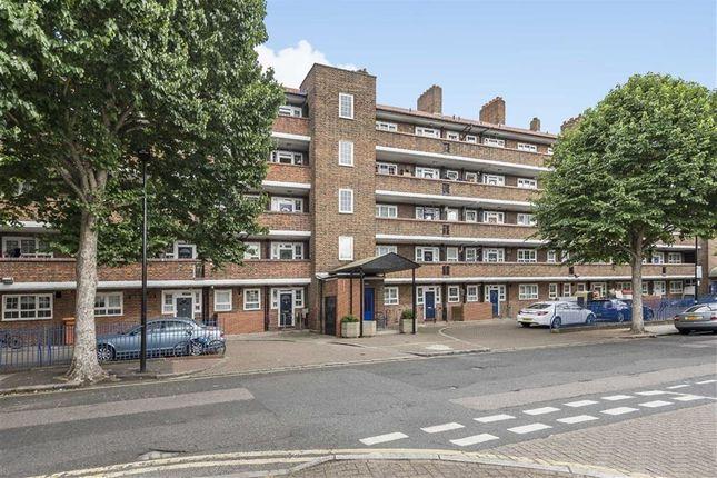 Thumbnail Flat for sale in Reardon Street, London