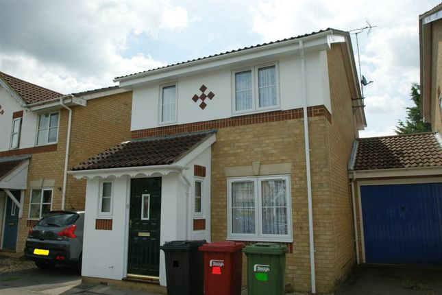 Thumbnail Property to rent in Richards Way, Cippenham, Slough