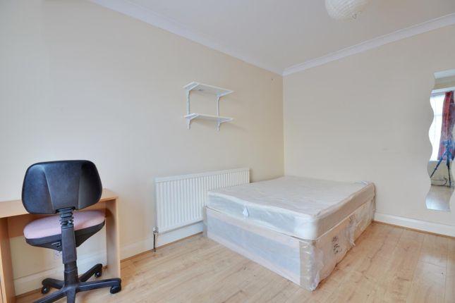 Thumbnail Semi-detached house to rent in Royal Lane, Uxbridge, Middlesex
