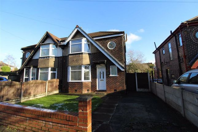 3 bed semi-detached house to rent in Lansdowne Road North, Flixton, Urmston, Manchester M41