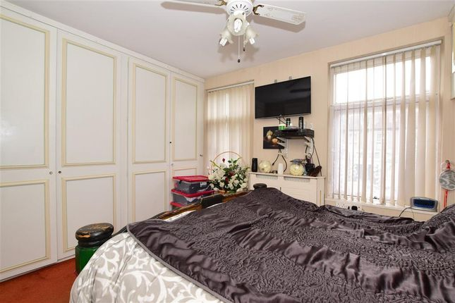 5 bedroom terraced house for sale in Cobbold Road, London