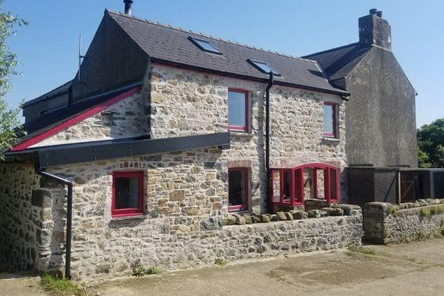 Thumbnail Cottage for sale in Caersegan, St. Nicholas, Goodwick