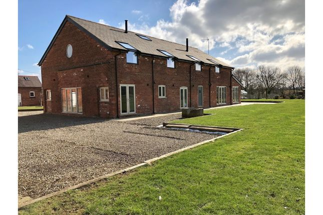 Thumbnail Barn conversion to rent in Stamford Lane, Chester