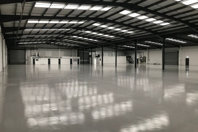 Thumbnail Warehouse to let in Unit Greatham Road Industrial Estate, Greatham Road, Watford