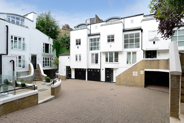 Thumbnail Flat to rent in Park Walk, Fulham Road, Chelsea