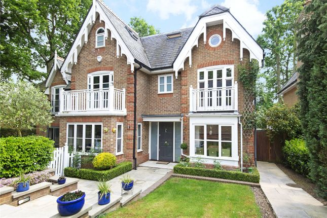 Thumbnail Detached house to rent in Devey Close, Kingston Upon Thames