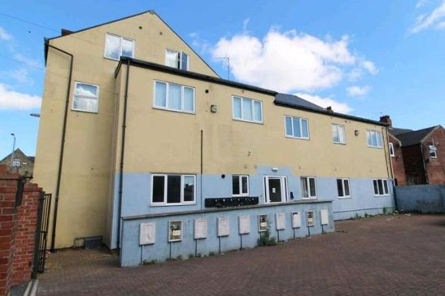 Thumbnail Flat to rent in Doncaster Road, Goldthorpe, Rotherham