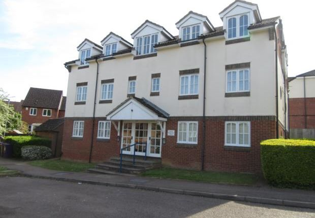 Thumbnail Flat to rent in Rosemont Close, Letchworth