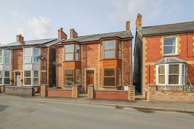 Thumbnail Detached house to rent in Castle Road, Builth Wells, Powys