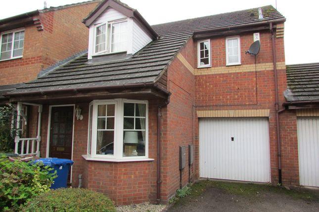 Thumbnail Semi-detached house to rent in Waterloo Drive, Banbury