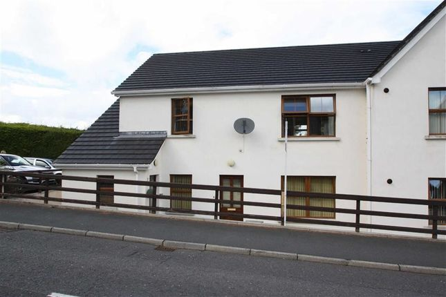 Thumbnail Flat to rent in Grove Hill Court, Ballynahinch, Co. Down
