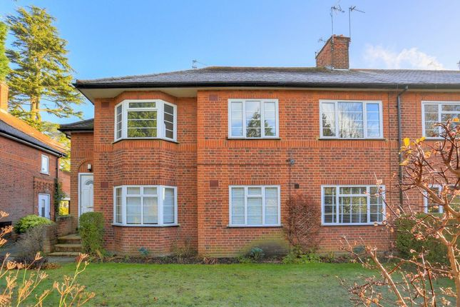 Thumbnail Flat to rent in Wickwood Court, St Albans, Herts