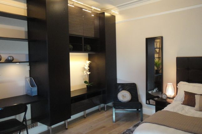 Thumbnail Room to rent in Regent Street, Rugby