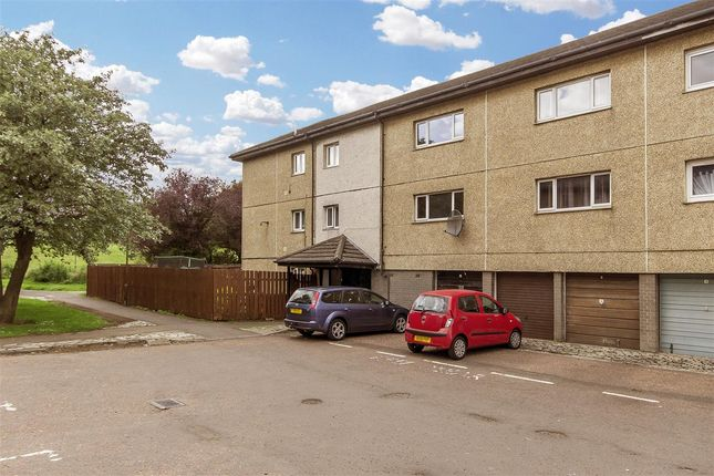 Thumbnail Flat for sale in Victoria Street, Livingston
