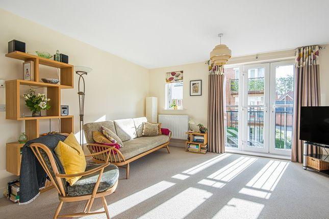 2 bed flat for sale in Mallards House, Fleet, Hampshire GU51