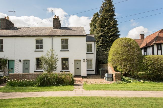 Thumbnail Cottage to rent in West Common, Harpenden, Hertfordshire