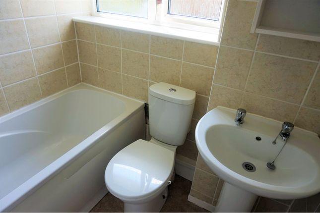 Bathroom of Lon Brynawel, Llansamlet SA7