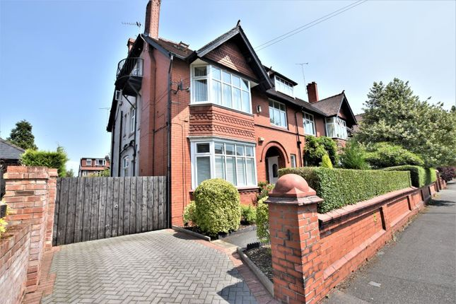 Thumbnail Flat for sale in Old Broadway, Didsbury, Manchester