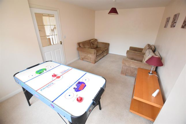 Thumbnail Property to rent in Rimer Close, Norwich