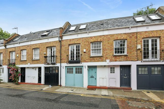 2 bed detached house to rent in Royal Crescent Mews, London