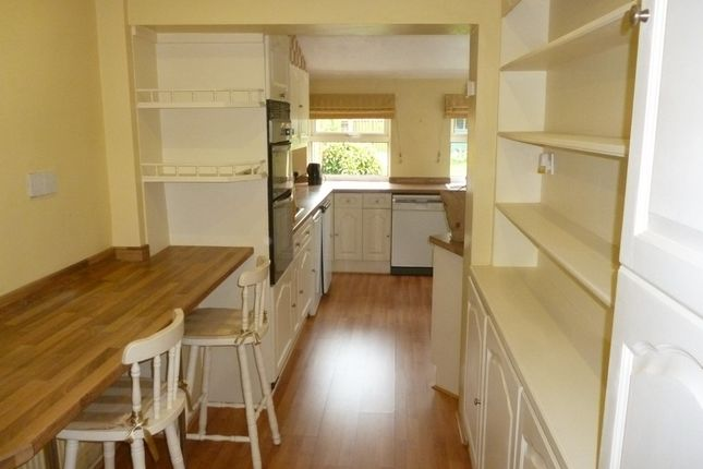 Thumbnail Terraced house to rent in Beech Street, Romford
