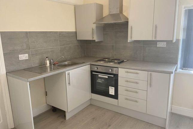 2 bed flat to rent in 5 Cremorne Road, Mere Green, Sutton Coldfeild B75