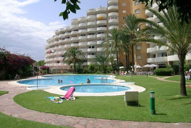 2 bed apartment for sale in Spain, Málaga, Marbella, Marbesa