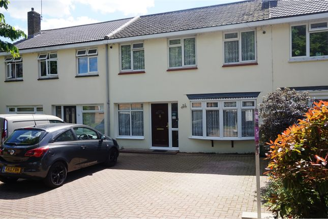 Thumbnail Terraced house for sale in Wynters, Basildon