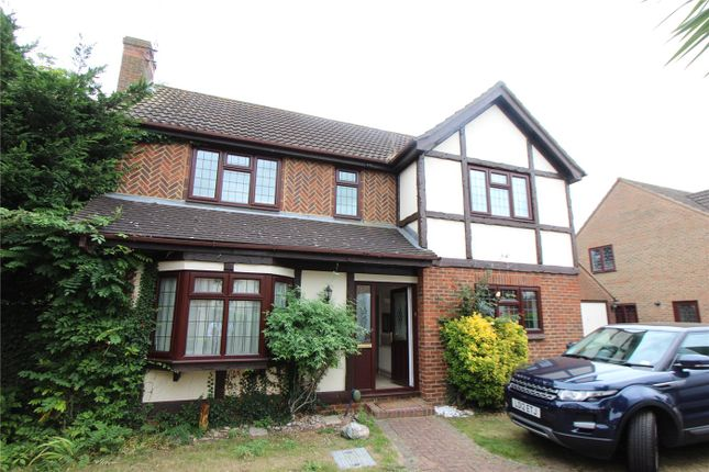 Thumbnail Detached house to rent in Badgers Close, Westcliff-On-Sea, Essex