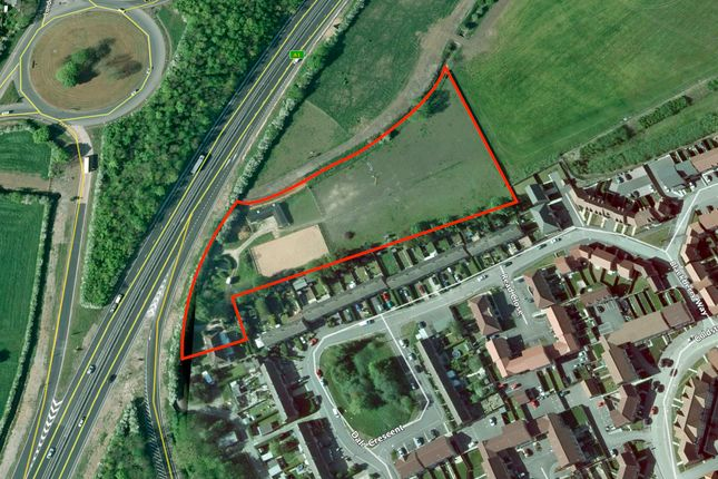 Thumbnail Land for sale in Great North Road, Fernwood, Newark