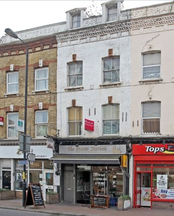 Thumbnail Restaurant/cafe for sale in Battersea Park Road, South Lambeth