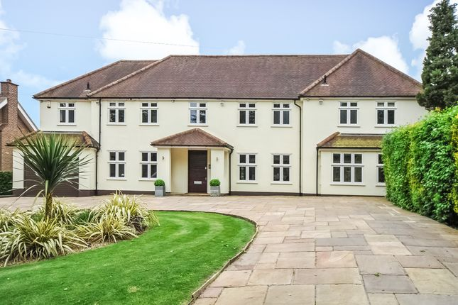 Thumbnail Detached house for sale in Farm Road, Northwood
