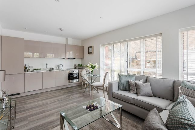 Thumbnail Flat for sale in North Street, Horsham
