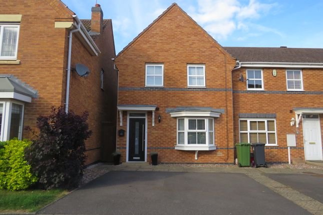 Thumbnail End terrace house for sale in Price Close East, Chase Meadow Square, Warwick